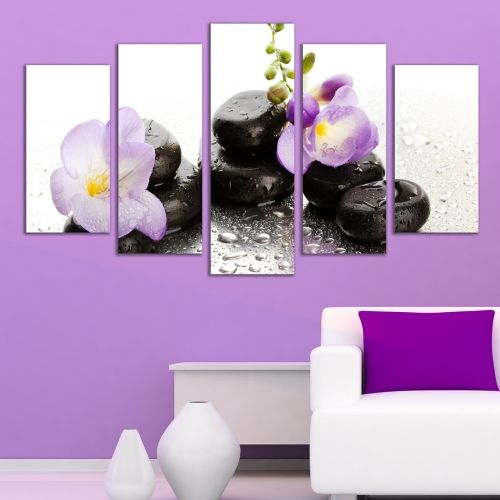 wall decoration orchids and stones
