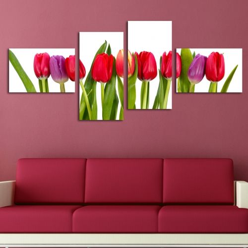Wall decoration with tulips