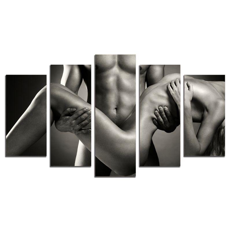 shameless hoochie rubs cream all over her naked body for your vi