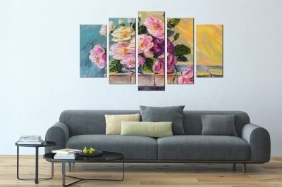 Painting canvas wall art with roses