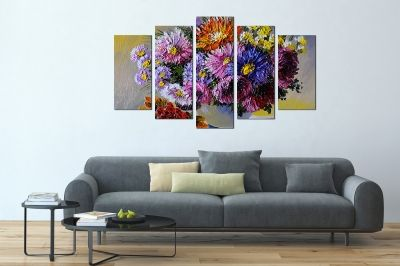 Painting canvas wall art with painted flowers