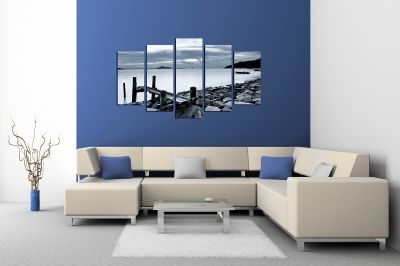 Canvas decoration with black and white sea landscape