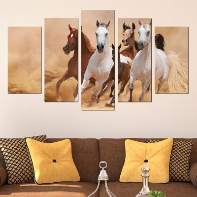 Modern wall decoration set with horses