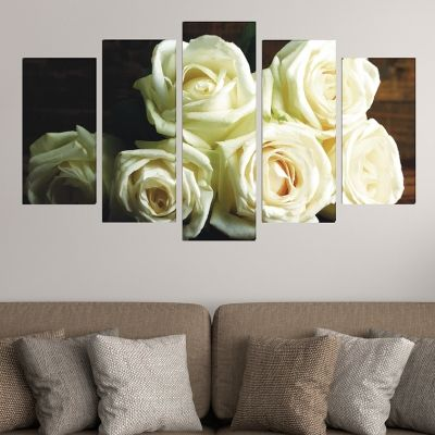 Wall art decoration with white roses