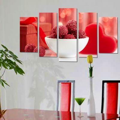 wall art decoration in red